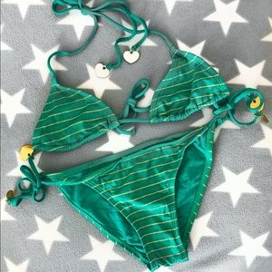 H&M's STRIPED TRIANGLE BIKINI 👙 SET